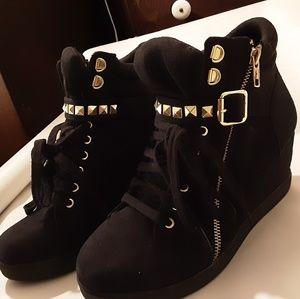 Xhilaration Black Ankle Boots